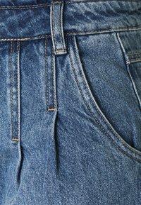 b.young - BYKATO BYKOLBY - Denim shorts - ligth blue denim - 2