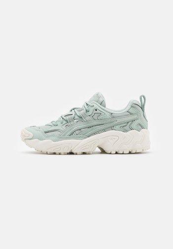 GEL NANDI - Sneakers - lichen rock