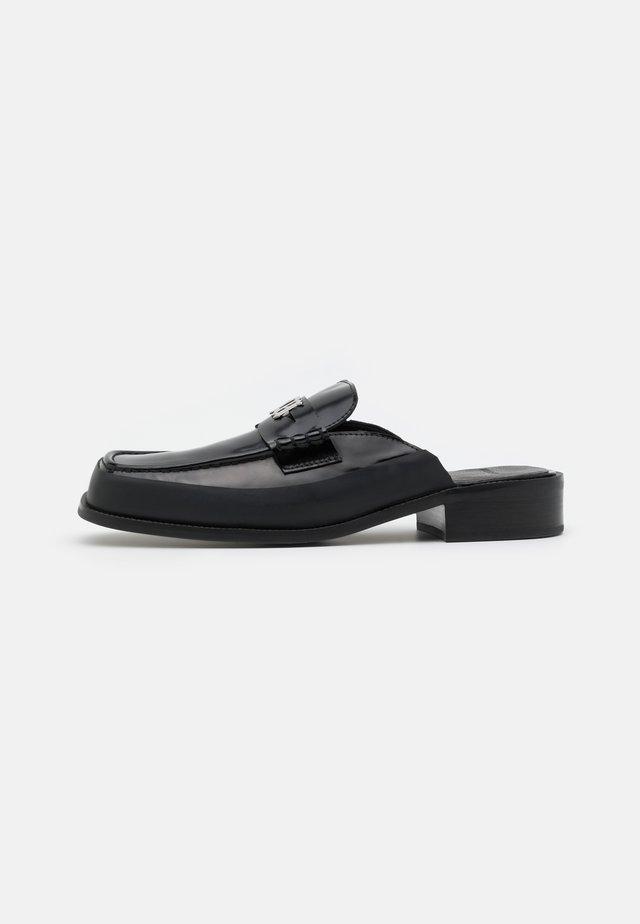 SLIP ON PENNY LOAFER - Clogs - black