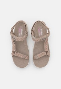Skechers - REGGAE CUP - Sandals - taupe - 5