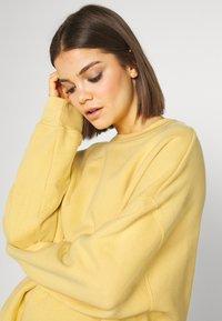 Monki - BEATA - Sweatshirt - yellow - 4