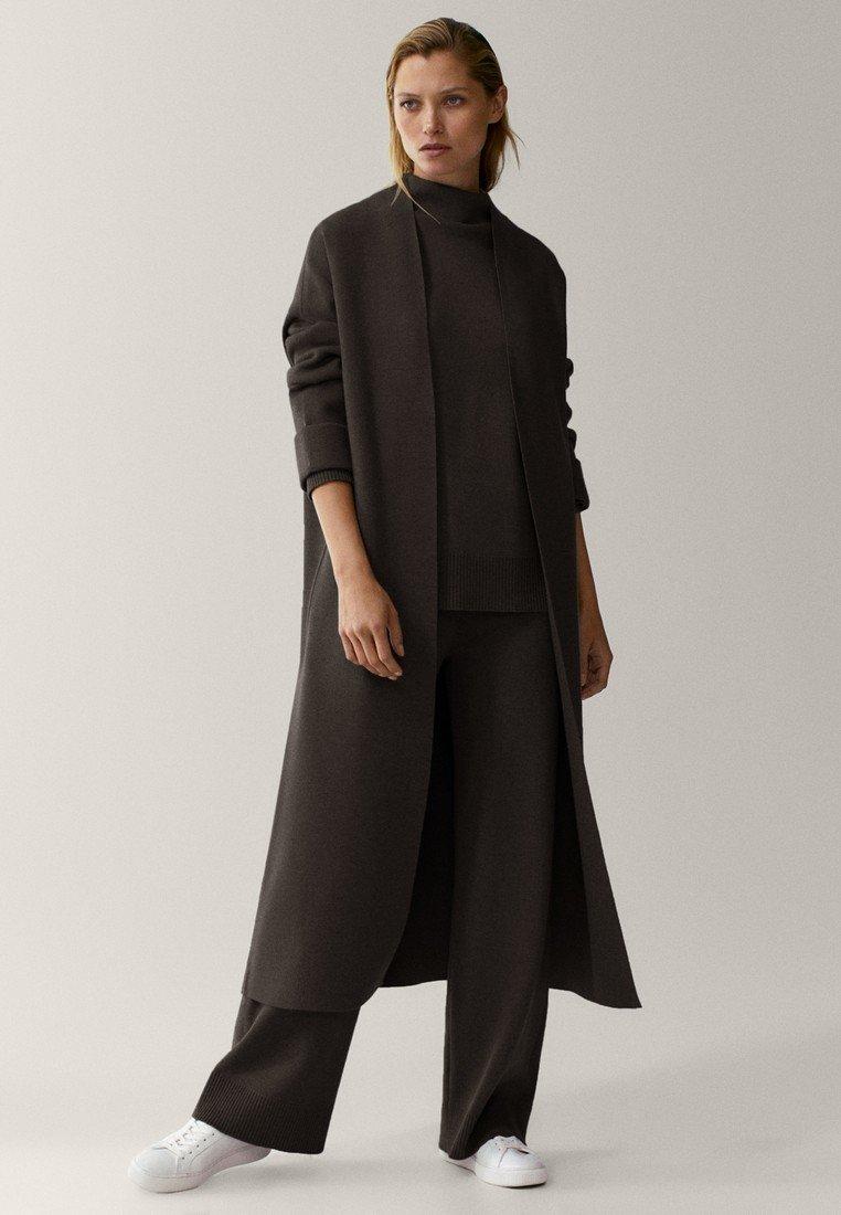 Massimo Dutti - Classic coat - black