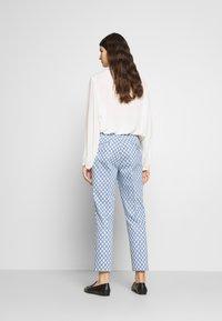 WEEKEND MaxMara - CABRAS - Kalhoty - azurblau - 2