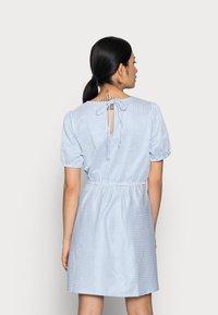 VILA PETITE - VIMILAC O-NECK DRESS - Day dress - cashmere blue/cloud dancer - 2
