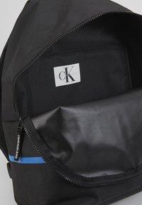 Calvin Klein Jeans - MONOGRAM STRIPE BACKPACK - Batoh - black - 5