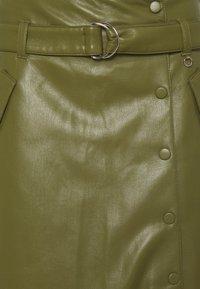 comma - Áčková sukně - deep green - 2