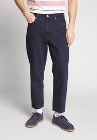 Farah - HAWTIN CROP - Relaxed fit jeans - rinse denim - 0