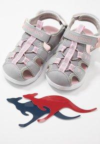 KangaROOS - K-MINI - Sandals - vapor grey/english rose - 6