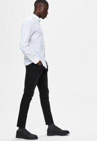 Selected Homme - Jeans Skinny Fit - black denim - 3