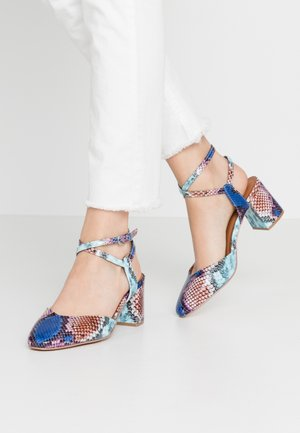 CHARITY - Tacones - colored