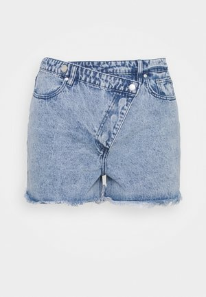PLUS BUTTON - Denim shorts - blue