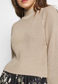 Even&Odd - CROPPED PERKIN NECK - Strickpullover - dark tan melange - 5