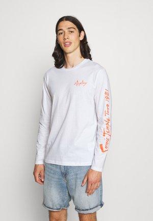 LONG SLEEVE LIKE STYLE - Long sleeved top - white