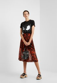 McQ Alexander McQueen - SEAMED GODET SKIRT - A-line skirt - darkest black/orange - 1