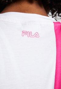 Fila - TEE - T-shirt con stampa - beetroot purple/bright white - 5