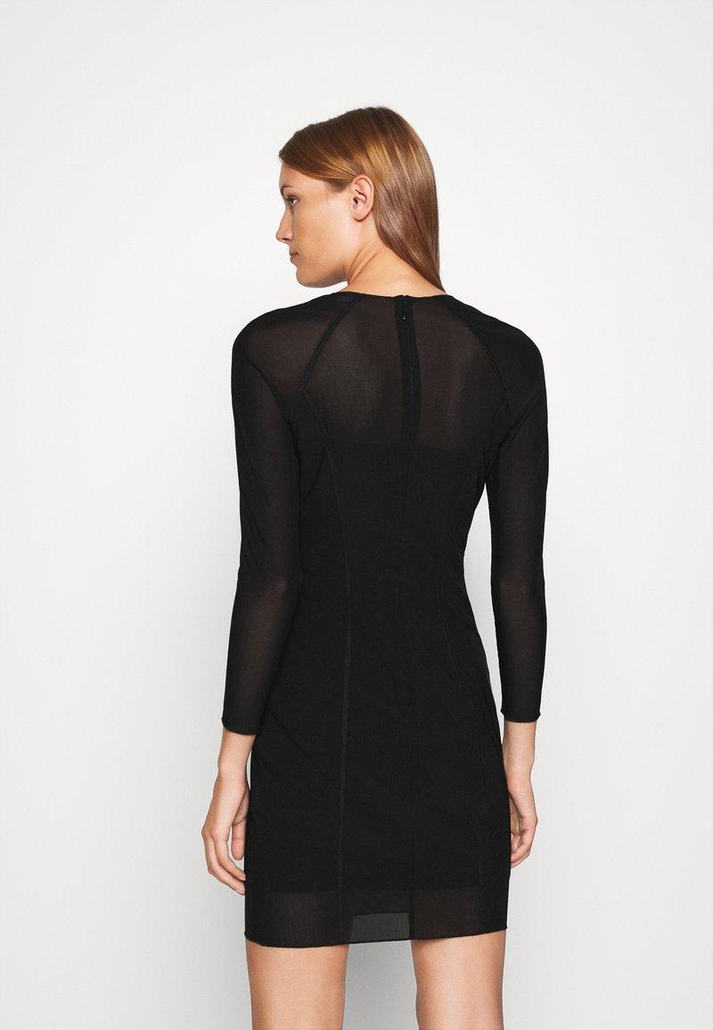 AAA-laatu Calvin Klein Jeans DOUBLE LAYER DRESS  Vapaaajan mekko  black Qh7c1