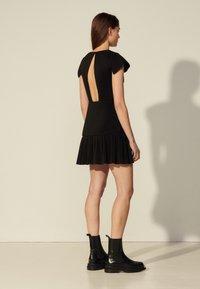 sandro - ODETTE - Cocktail dress / Party dress - noir - 2