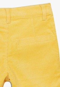 The New - ORDUROY - Shorts - sulphur - 4