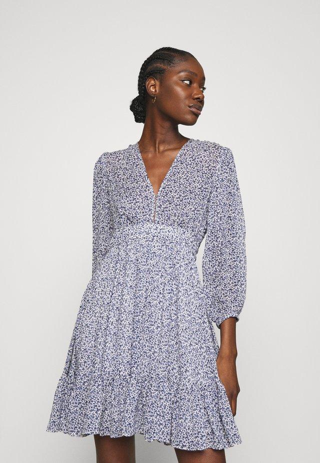 DELICATE SEMI MINI DRESS - Korte jurk - petite blue