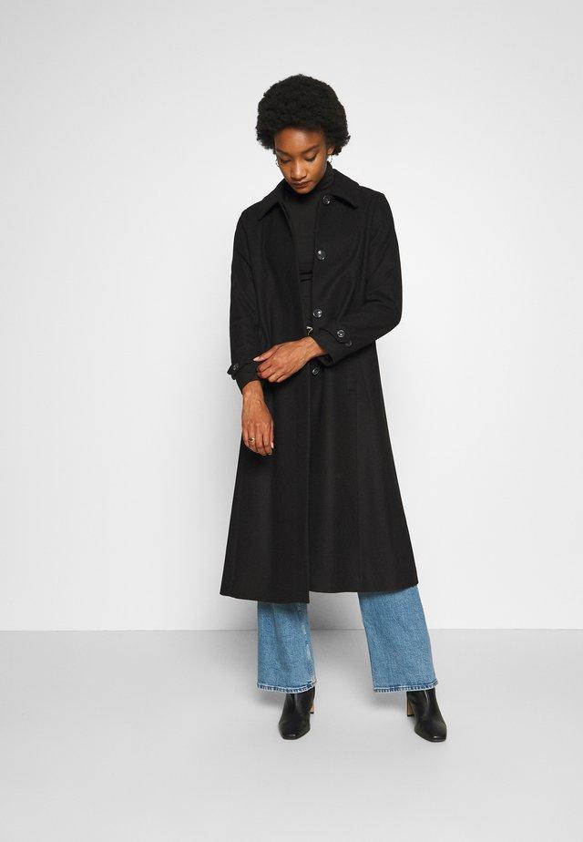 ZAFIRAH COAT - Zimní kabát - black