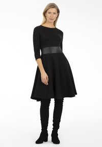 Apart - Day dress - schwarz - 1