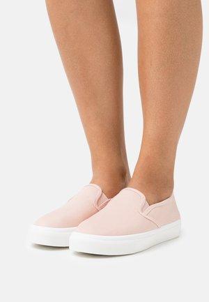 VEGAN HARPER  - Sneakersy niskie - baby pink