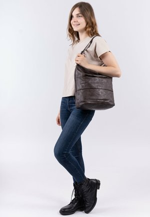 DÖRTE - Tote bag - brown