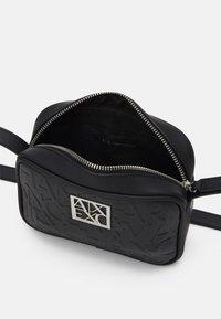 Armani Exchange - CAMERA CASE WOMAN CAMERA CASE - Across body bag - nero - 2