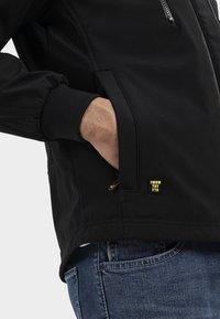 camel active - MIT STEHKRAGEN UND KAPUZE - Summer jacket - black - 3