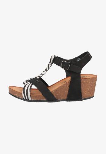 Wedge sandals - pony