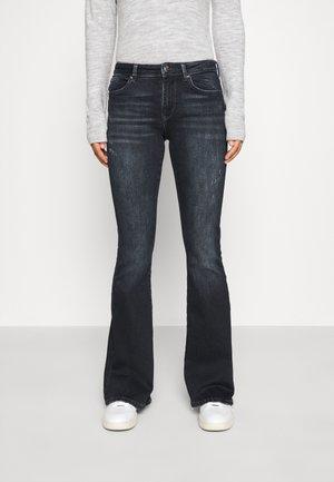 ONLCAROLL LIFE REG FLARE - Flared jeans - black denim