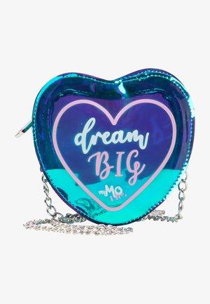 DREAM BIG - Across body bag - grün holo