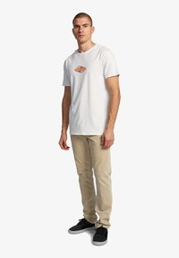 Quiksilver - EITHER WAY  - Print T-shirt - snow white - 1