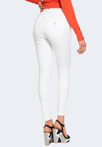 Guess - Jeans Skinny Fit - white - 2