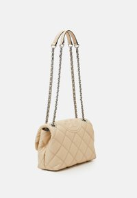 Tory Burch - FLEMING SOFT TEXTURED SMALL CONVERTIBLE SHOULDER BAG - Handbag - new cream - 1
