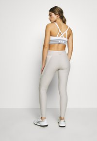 ONLY Play - ONPJACINTE TRAINING - Legging - ashes of roses/lilac ash/white - 2