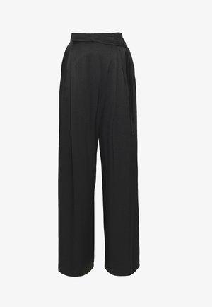 PEGNO - Kalhoty - black