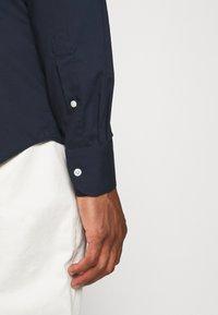 Tommy Hilfiger Tailored - SLIM FIT - Formal shirt - blue - 5