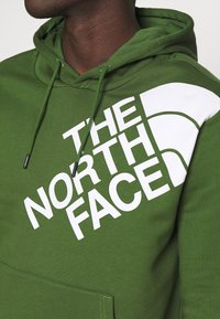 The North Face - SHOULDER LOGO HOODIE - Bluza - conifer green/white - 4