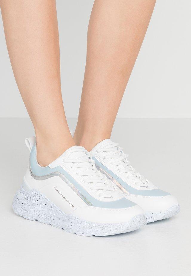 SCARPA DONNA WOMANS SHOES - Baskets basses - blue/white