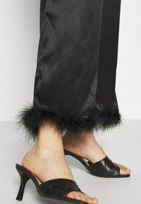 Résumé - BIA PANT - Pantalon classique - black - 5