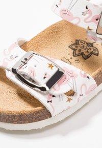Primigi - Sandals - bianco/rosa - 2