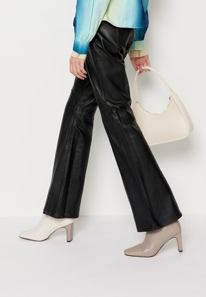 TAILOR PANT - Leather trousers - black