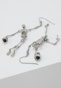 Vivienne Westwood - SKELETON EARRINGS - Earrings - palladium - 2