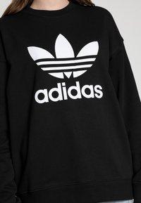 adidas Originals - ADICOLOR TREFOIL LONG SLEEVE - Mikina - black/white - 4