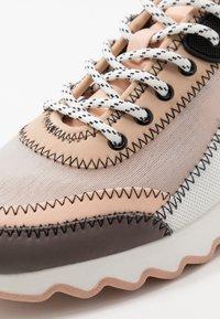 PARFOIS - Zapatillas - grey/pink - 2