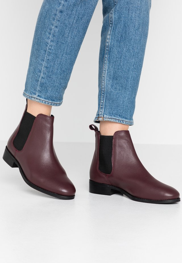 BRAMBLE WIDE FIT - Boots à talons - oxblood