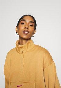 Nike Sportswear - Sweatshirt - flax/cactus flower - 4