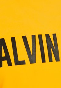Calvin Klein Performance - T-shirt print - yellow - 2