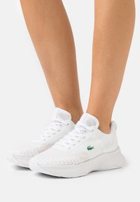 Lacoste - COURT DRIVE FLY  - Baskets basses - white - 0